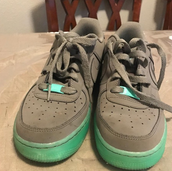 air force one green glow